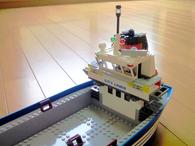 コンテナ船完成